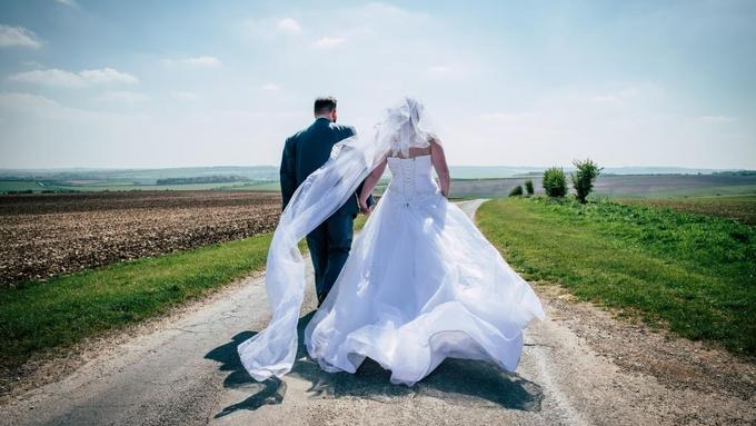 May Weddings by Benjamin Gladstone Photography